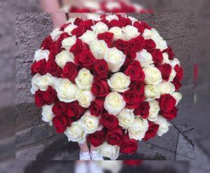 букет из 101 розы красно-белой